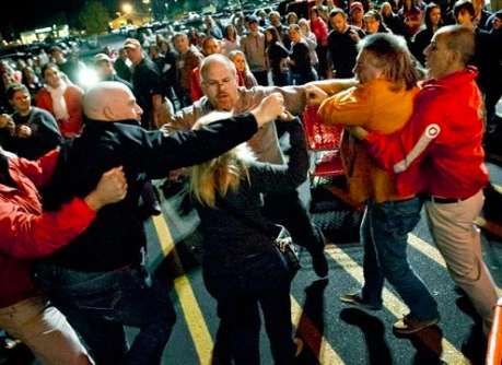 Black Friday shopping fight